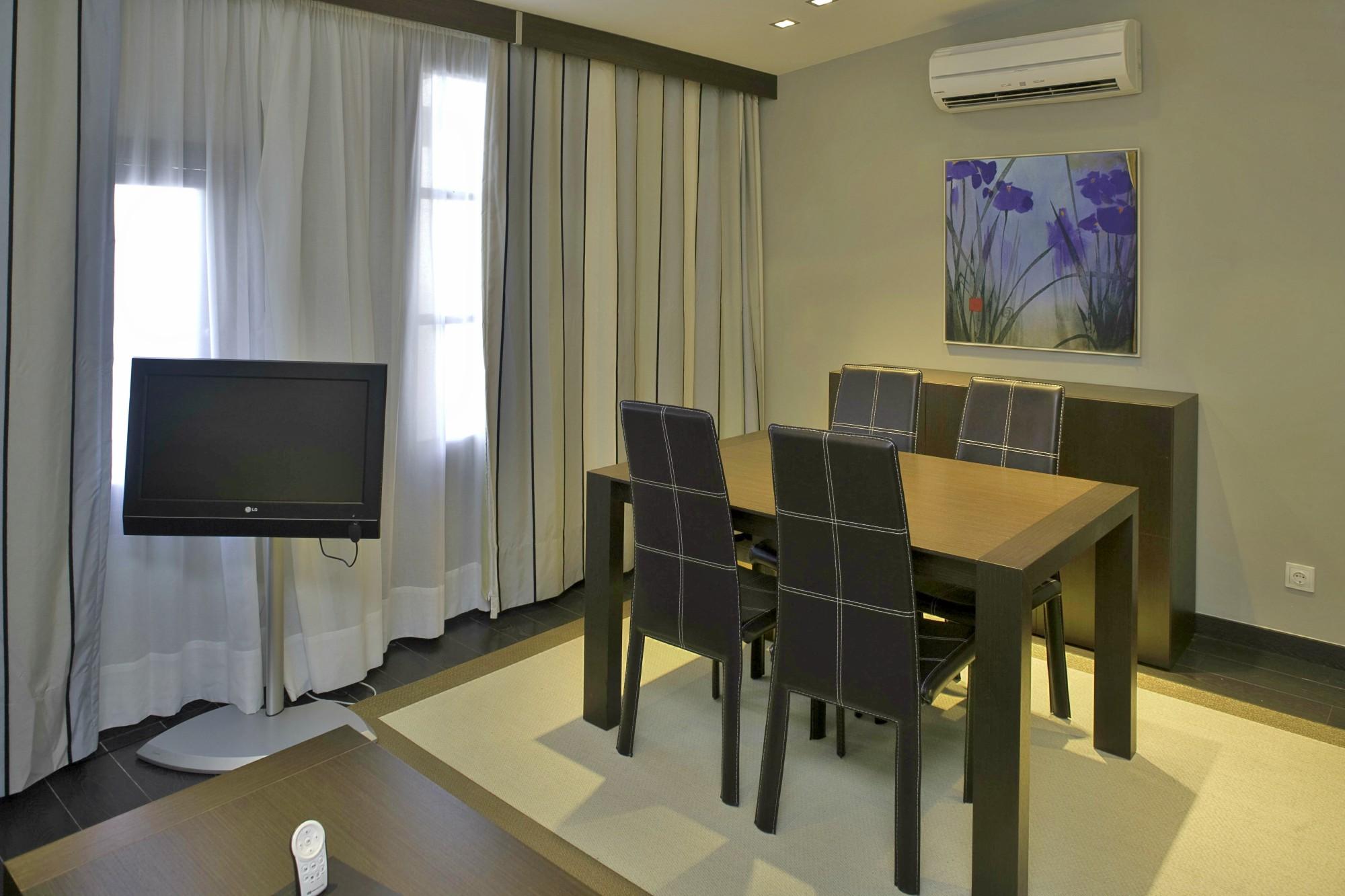 Apartamentos-y-suites-acantilado14