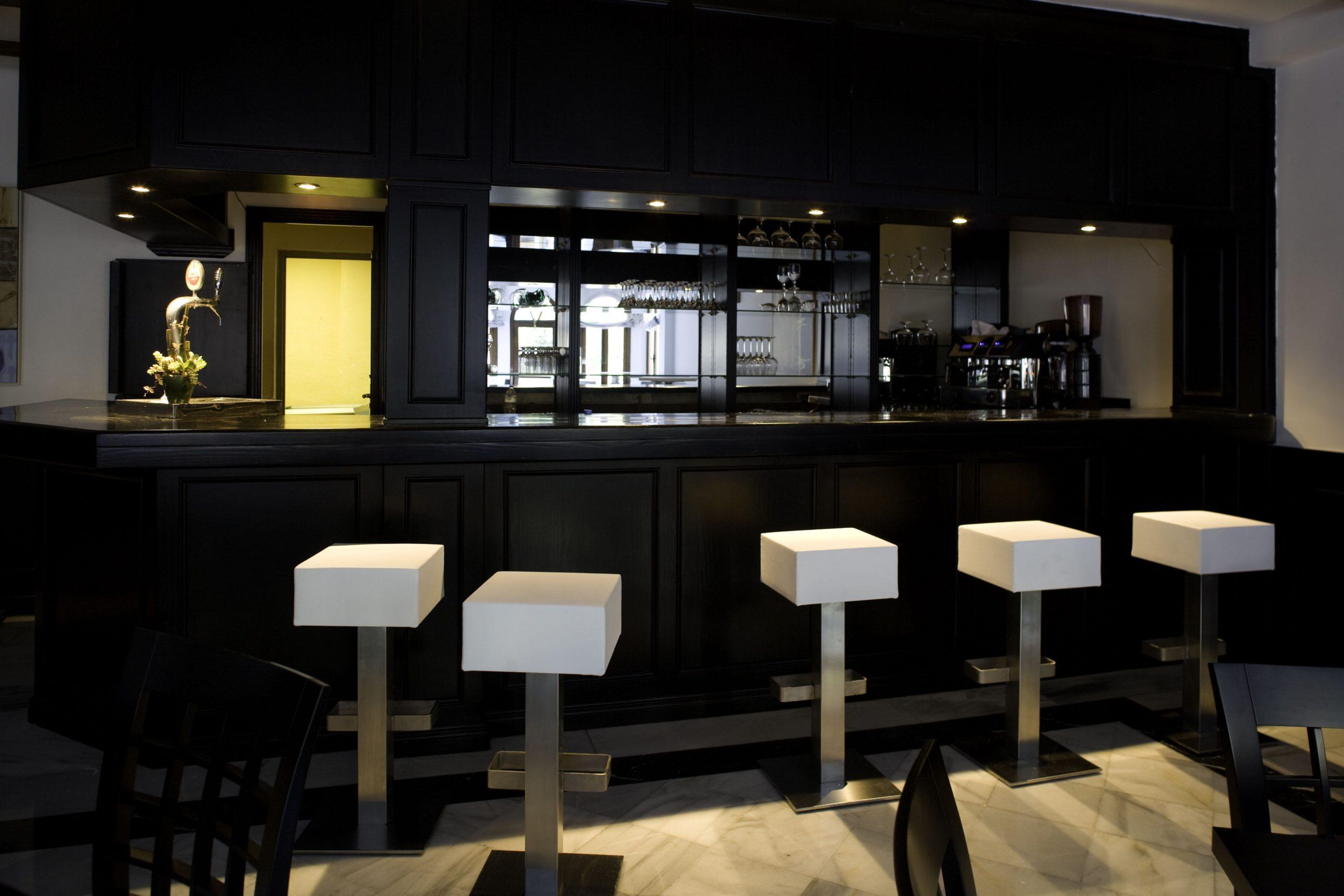 Apartamentos-y-suites-acantilado20